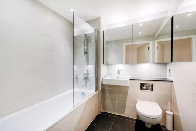 Thumbnail Flat to rent in Trematon Building 1 Walk, London