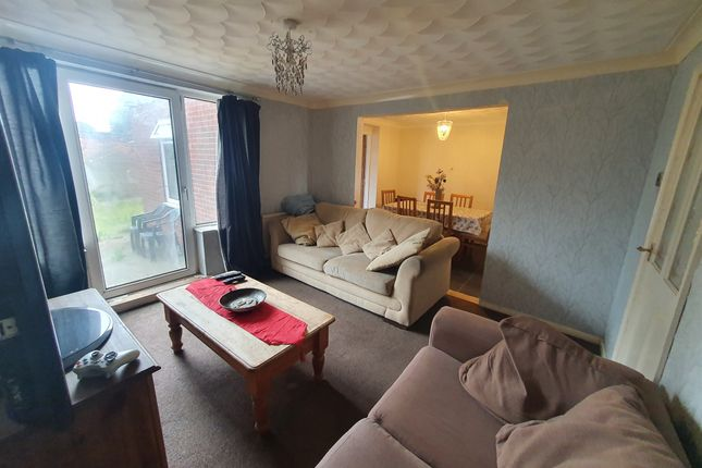 Terraced house for sale in Fowler Road, Scunthorpe