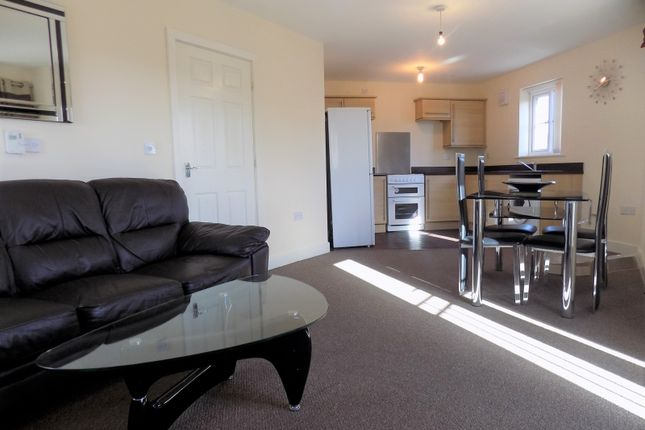 Thumbnail Flat to rent in Waltheof, Sheffield