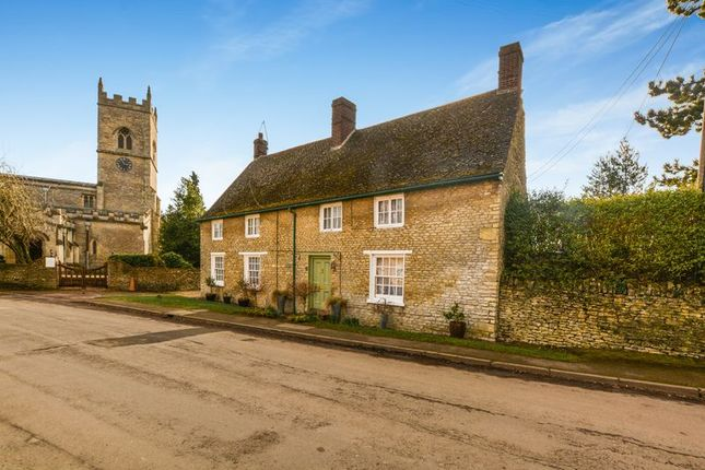 4 bed cottage for sale in Church Street, Stratton Audley, Bicester