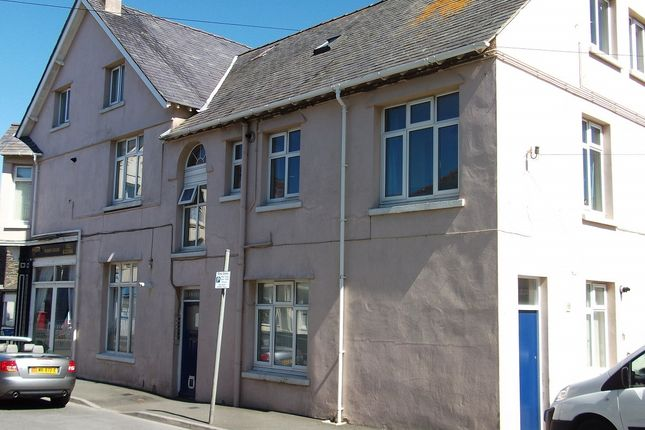 Thumbnail Flat to rent in Lewthaites Way, Port St Mary, Isle Of Man