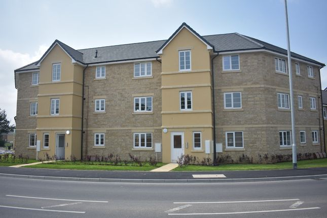 Thumbnail Block of flats to rent in Montacute Road, Houndstone, Yeovil