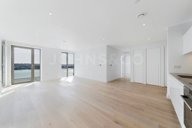 Thumbnail Flat for sale in Sienna Building, Royal Wharf, London