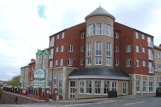Thumbnail Flat for sale in Warminger Court, Norwich