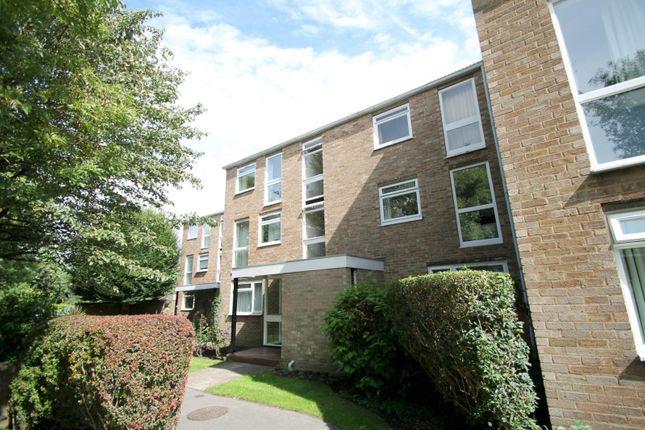 Thumbnail Flat to rent in Harrowdene Gardens, Teddington
