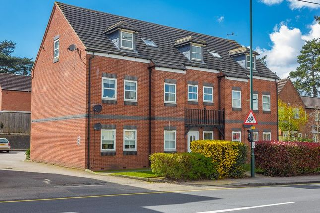 2 bed flat to rent in Marlborough Mews, Studley, Warks B80
