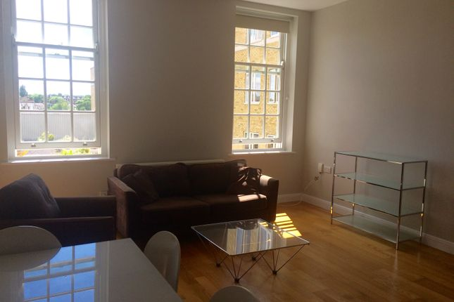 Thumbnail Flat to rent in 130 Clapham Common South Side, Clapham Common