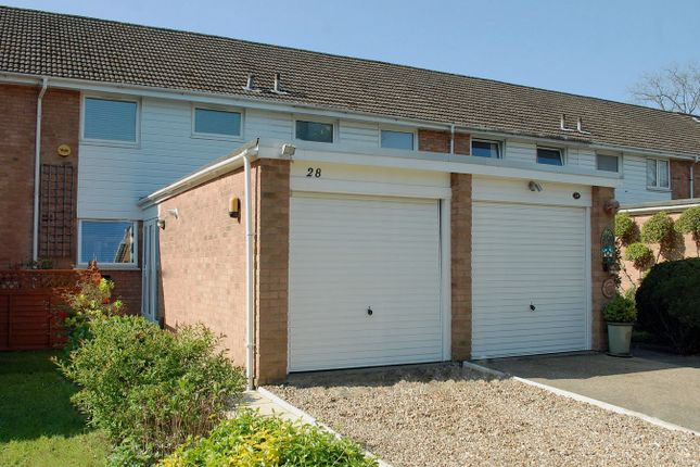 Thumbnail Terraced house for sale in Parkside, Hampton Hill, Hampton