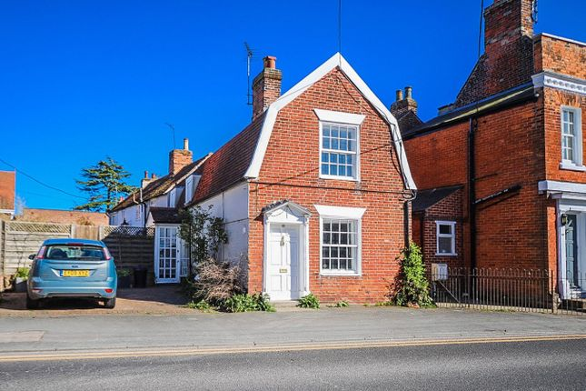 Thumbnail Cottage for sale in The Cross, Wivenhoe, Colchester