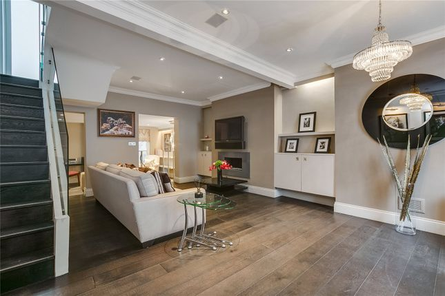Thumbnail Terraced house to rent in Bywater Street, London