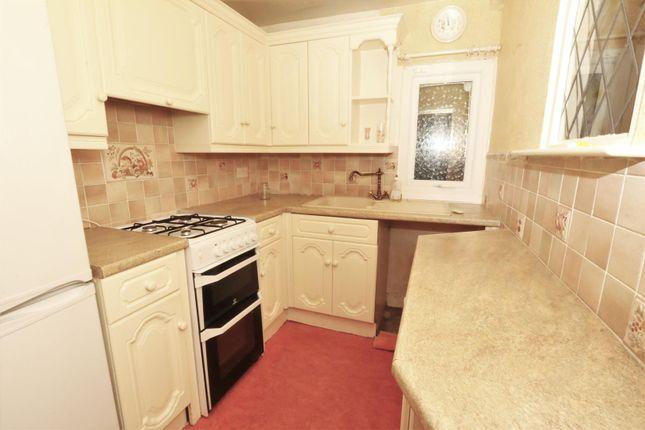 Kitchen of Beacon Road, Bradford BD6