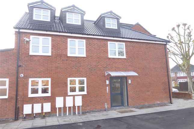 Thumbnail Flat to rent in Meadow Lane, Loughborough