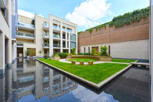 Thumbnail Flat for sale in Montrose Place, London