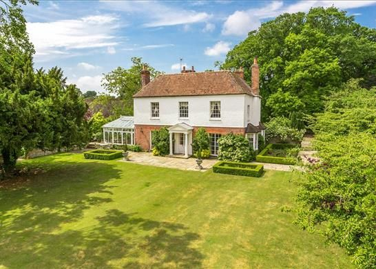 Thumbnail Detached house for sale in Pamber End, Tadley Hampshire