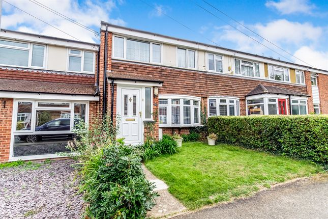Thumbnail Terraced house for sale in Woodland Close, West Malling