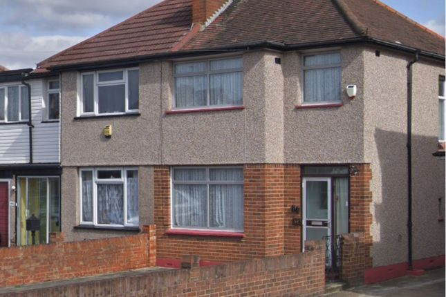 Thumbnail Semi-detached house to rent in Moray Avenue, Hayes