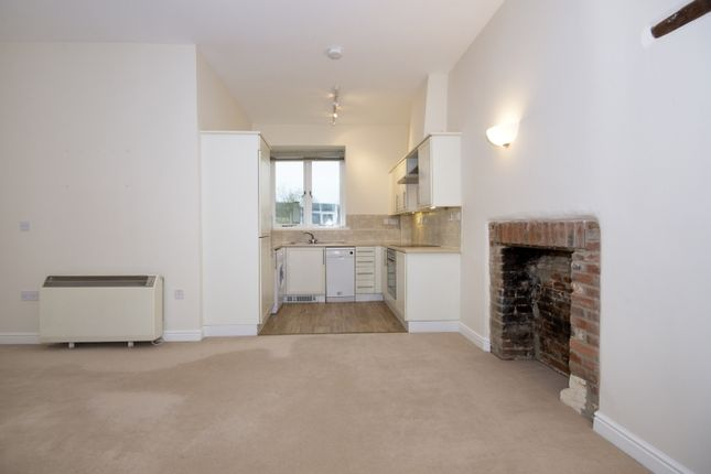 Thumbnail Flat to rent in Glovers Walk, Witney