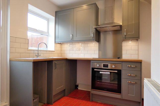 Refitted Kitchen of Westoning Road, Harlington, Dunstable LU5
