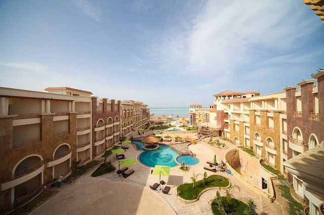 Thumbnail Apartment for sale in 210A, Royal Beach Resort, Hurghada, Egypt