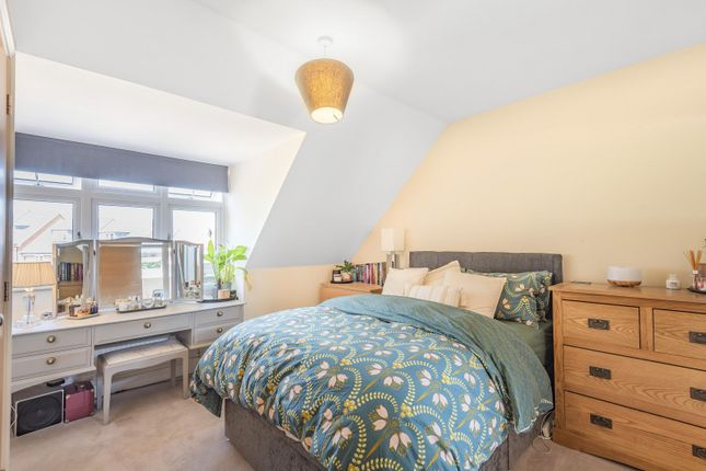 Master Bedroom of Blackstone Way, Earley RG6