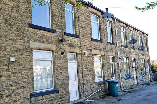 2 bed terraced house to rent in Old Bank Road, Earlsheaton, Dewsbury WF12