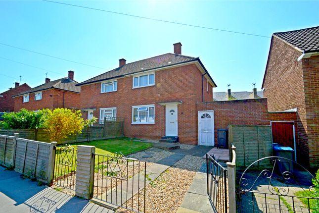 Picture No. 11 of Chesney Crescent, New Addington, Croydon CR0
