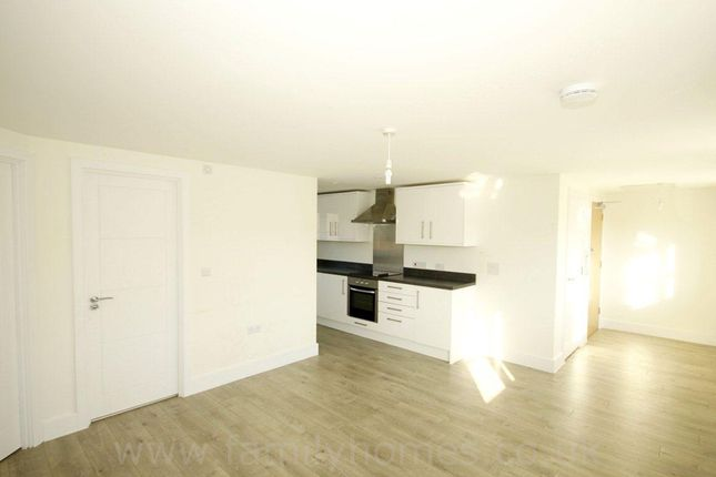 2 bed flat to rent in Filmer House, High Street, Sittingbourne ME10