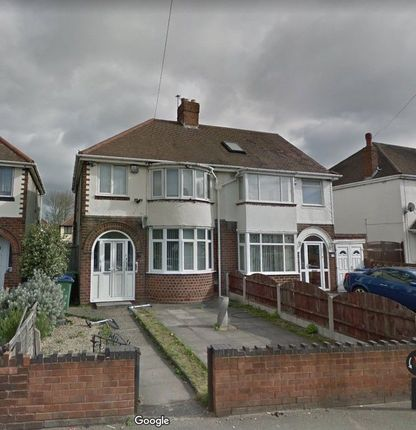 3 bed semi-detached house to rent in Sedgley Road East, Tipton