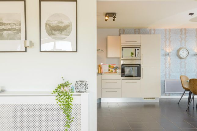 Thumbnail Flat for sale in Deanery Road, Bristol