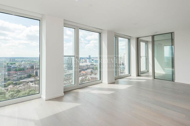 Thumbnail Flat to rent in Southbank Tower, Blackfriars