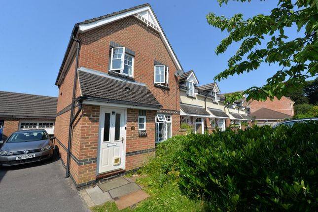 Thumbnail Semi-detached house to rent in Barn Piece, Chandler's Ford, Eastleigh SO534Hp