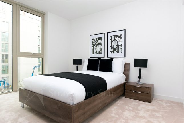 Thumbnail Flat to rent in Liner House, Admiral Way, London