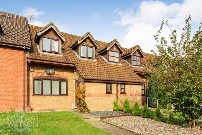4 bed terraced house for sale in Hillcrest Avenue, Dereham