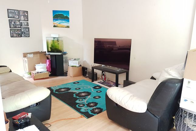 Thumbnail Flat to rent in Bellamy Farm Rd, Solihull