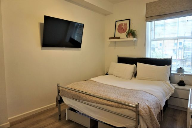 Bedroom of 39 Goulston Street, London E1
