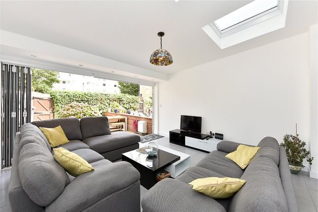 Thumbnail Terraced house for sale in Manchester Road, Isle Of Dogs, London