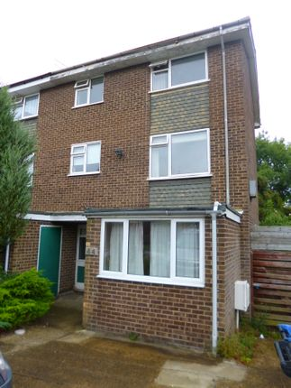 Thumbnail Shared accommodation to rent in Stockbreach Close, Hatfield