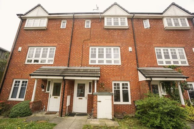 Thumbnail Town house to rent in Evergreen Avenue, Horwich, Bolton