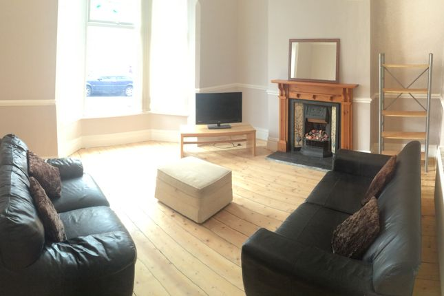 Thumbnail Flat to rent in Courtland Road, Allerton, Liverpool