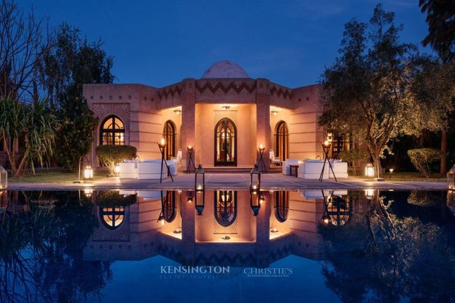 10 bed villa for sale in Marrakesh, 40000, Morocco