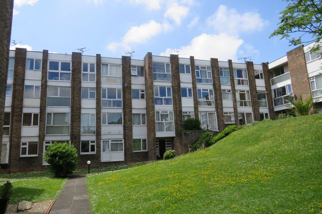 Thumbnail Penthouse for sale in Park Road, Barry