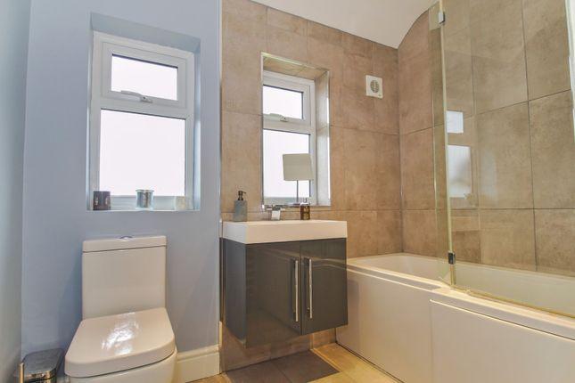 Bathroom of May Road, Dartford DA2