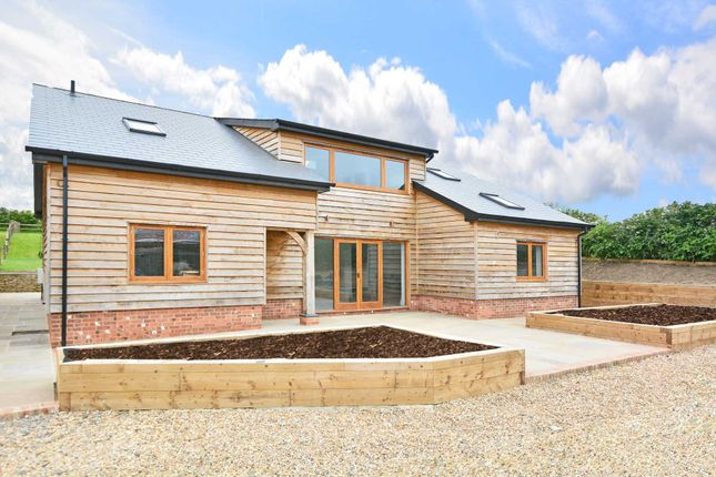 Thumbnail Barn conversion for sale in Fulfords Hill, Itchingfield, Horsham