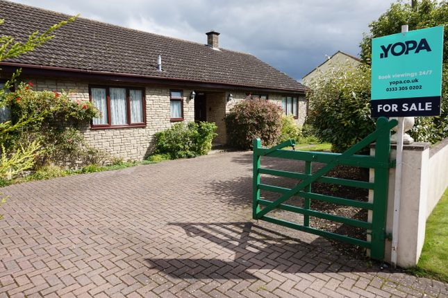 Thumbnail Bungalow for sale in Millbatch Lane, Meare, Glastonbury