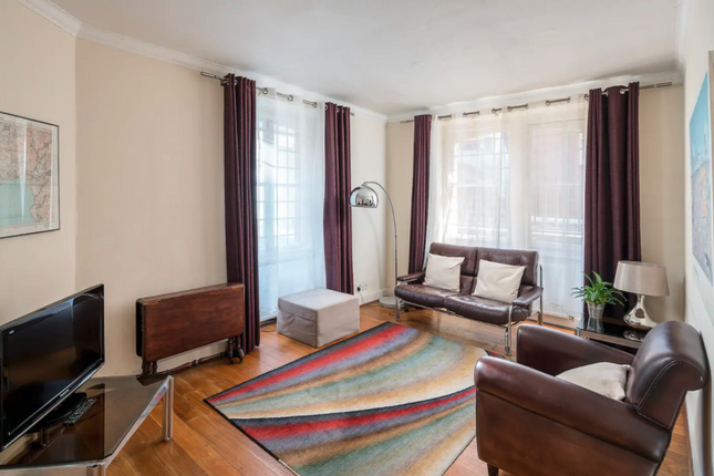 Thumbnail Flat to rent in Moscow Road Windsor Court, Moscow Road, London