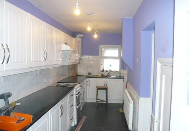 Thumbnail Terraced house to rent in Hanover Avenue, Feltham