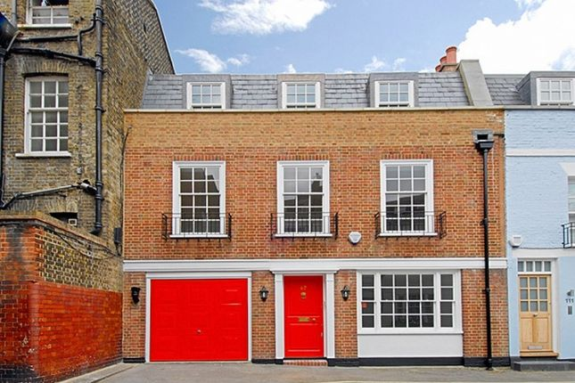 Thumbnail Mews house to rent in Devonshire Mews South, London
