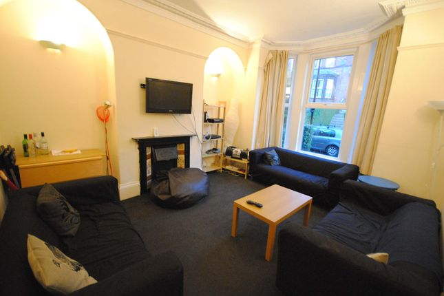 Thumbnail Terraced house to rent in 6 Regent Park Terrace, Hyde Park