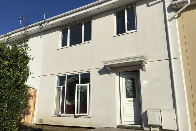 Thumbnail Semi-detached house to rent in Waring Road, Norwich