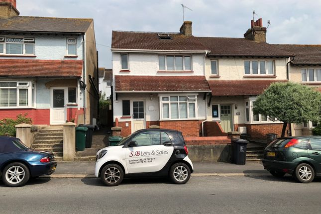 Thumbnail Semi-detached house to rent in Roedale Road, Brighton